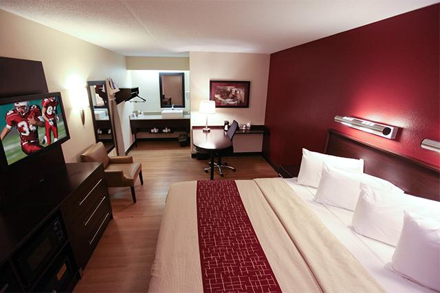 Phòng khách sạn được trang bị nhiều tiện ích để phục vụ du khách