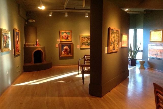 Bảo tàng Nghệ thuật Charles Hosmer Morse nơi quy tụ các tác phẩm đặc trưng của nghệ thuật Mỹ bao gồm các chương trình du lịch