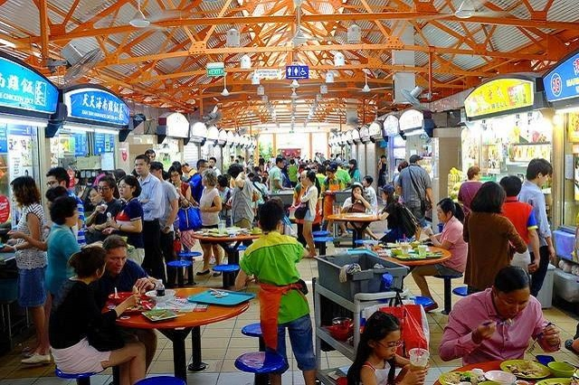"""Những """"thiên đường ăn uống"""" ngon rẻ ở Singapore"""