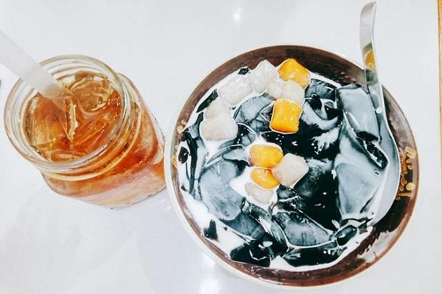Giải nhiệt với món ăn mát lạnh cho tháng 4 đầy nắng ở Sài Gòn