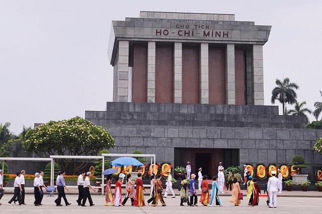 Những địa điểm du lịch lý tưởng cho dịp lễ 2/9 ở Hà Nội